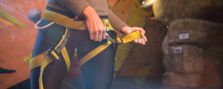 womens climing harness sizing